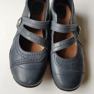 Clark's artisan shoes